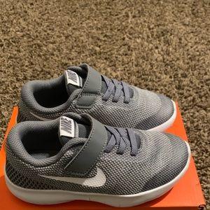 New Kids  Nike Flex
